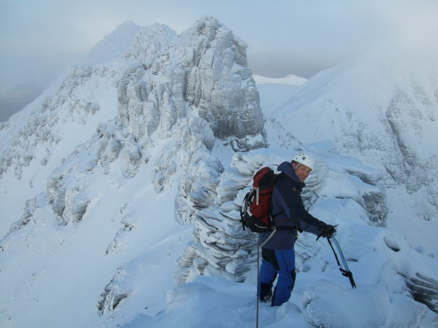 9 The An Teallach traverse of the Corrag Buidhe pinnacles Dec 2008