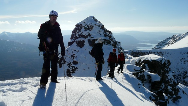 Mountaineering On th Am Fasarinen traverse Liathach Ridge Torridon Feb 2010