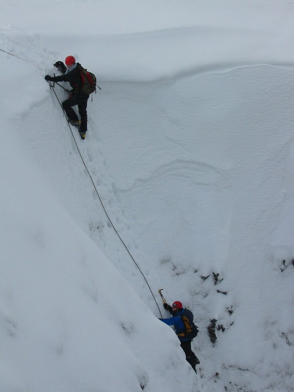 Topping Out Access Gully grade II on Fuar Tholl